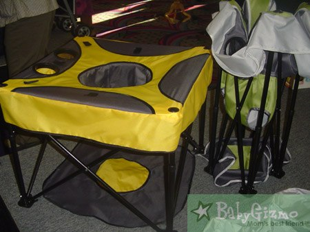 gopod Kidco Go Pod:  Great Activity Seat for On the Go