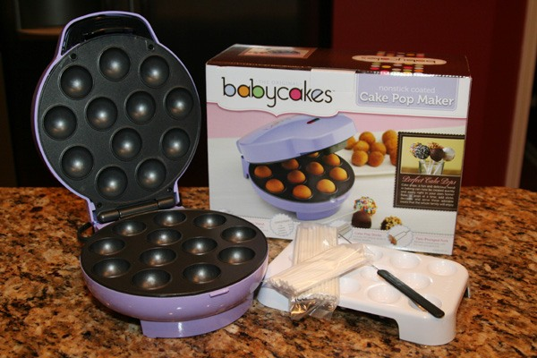 1 Easy to Make Your Own Cake Pops with the Babycakes Cake Pop Maker