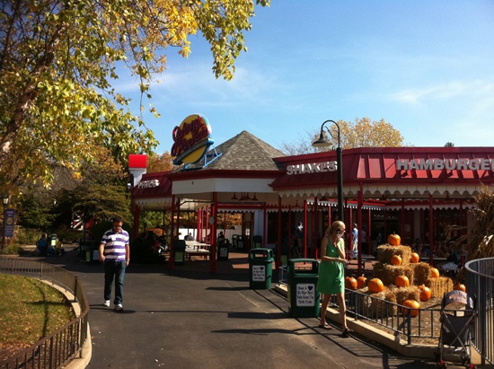 SixFlags Rockets Is Six Flags Fright Fest Kid Friendly or What Nightmares are Made of?