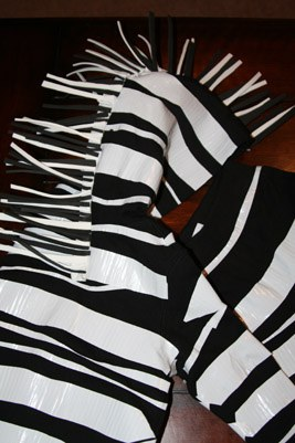 & DIY Halloween Zebra Costume