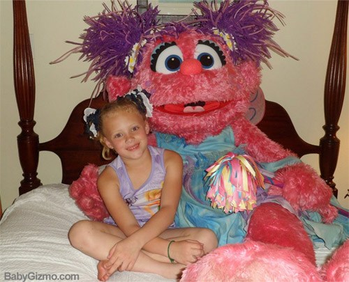 Beaches Resort Tuck-In with Abby Cadabby (VIDEO)