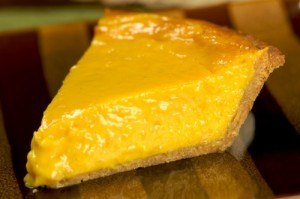 honey mango pie 4 500x333 300x199 10 Summery and Fun Mango Recipes!