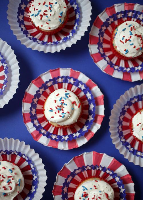 7359964546 4ec5d37578 o 7 Creative Ideas for Fourth of July Cupcakes