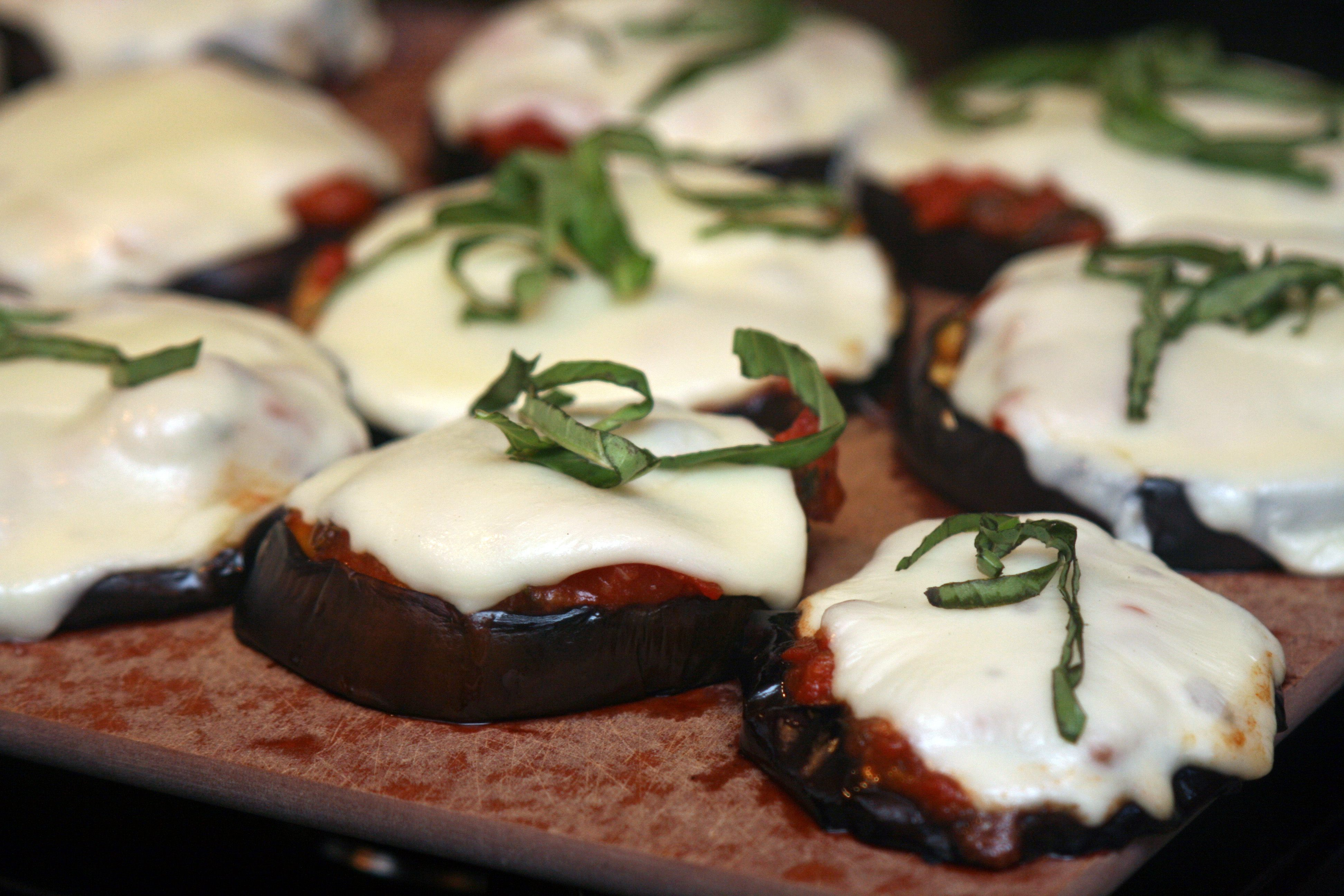 A Girl and Her Grill: Grilled Eggplant Parmesan