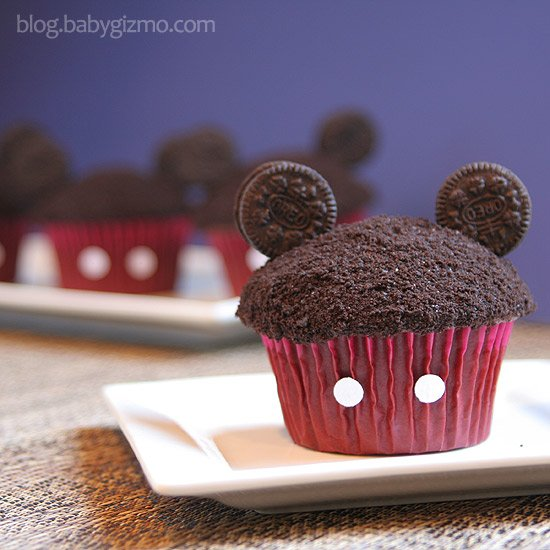 Mickey Mouse Cupcakes for a Disney Birthday