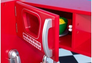 53173 red retro kitchen inset b rs hrwnl 300x207 KidKraft Red Retro Kitchen