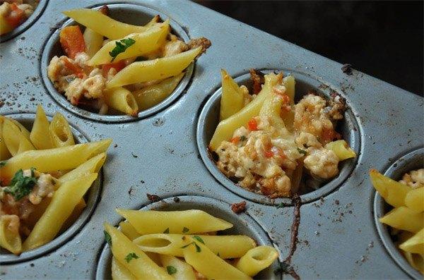 Macaroni Cups