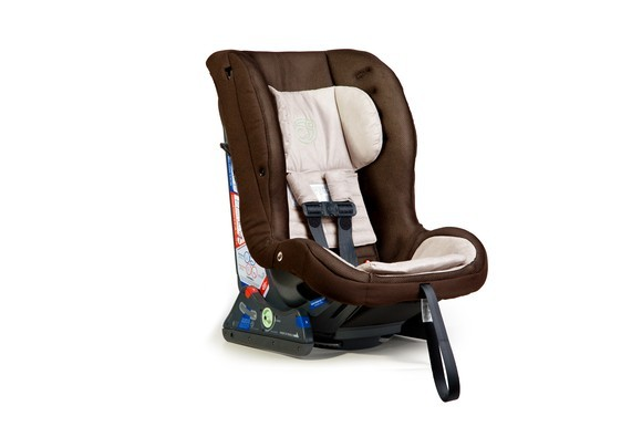 Why We Switched Our Toddler Car Seat Back to Rear-Facing