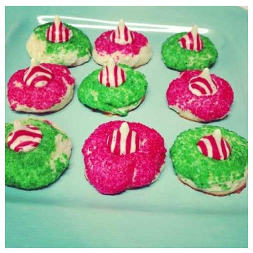 Recipe: Christmas Candy Cane Kiss Cookies