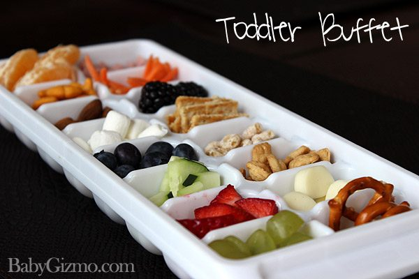 toddlerbuffet6 How to Make a Toddler Mini Buffet
