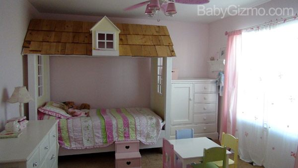 Playhouse. The Princess Playhouse Bed