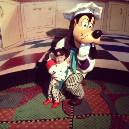 toddler and goofy