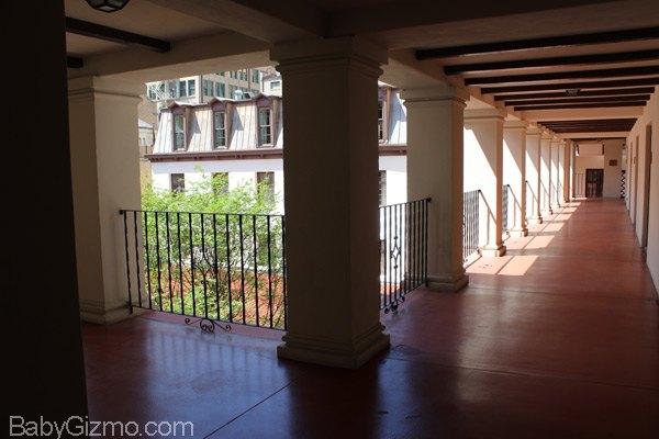 La Mansion Del Rio hallways