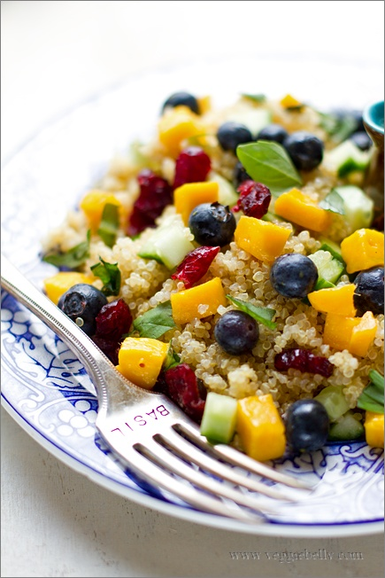 blueberry quinoa salad