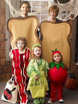 10 Great Family Halloween Costumes