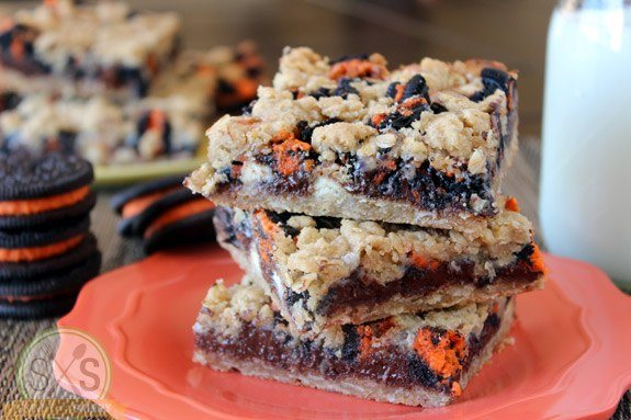 Halloween Oreo Chocolate Cookie Bars