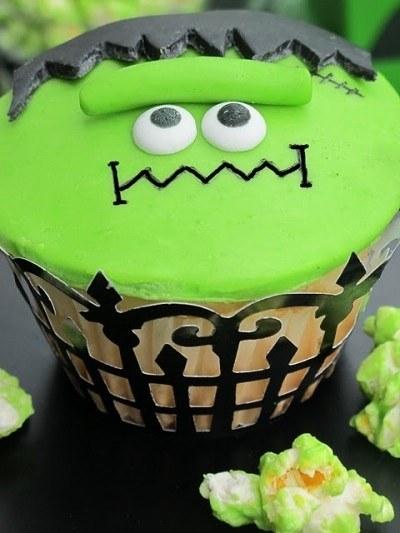 10 Delicious Halloween Cupcakes