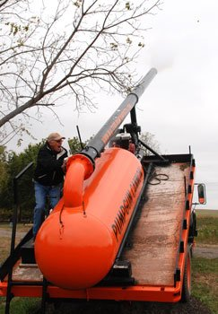 Walters pumpkin cannon