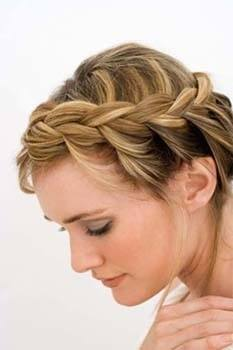 Easy, Trendy Hairstyles For The Mom On The Go
