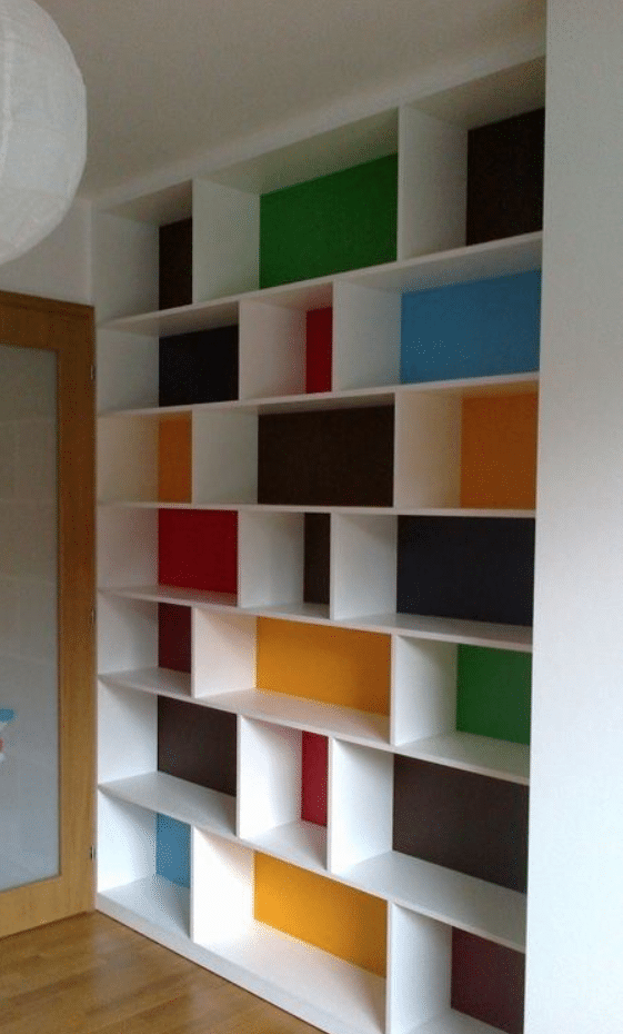 playroom idea - color bookshelf