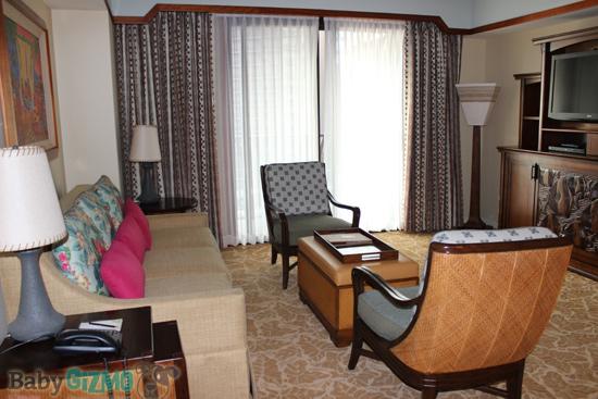Disney Aulani Living Room
