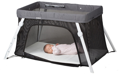 Product Review: Guava Family Lotus Everywhere Travel Crib