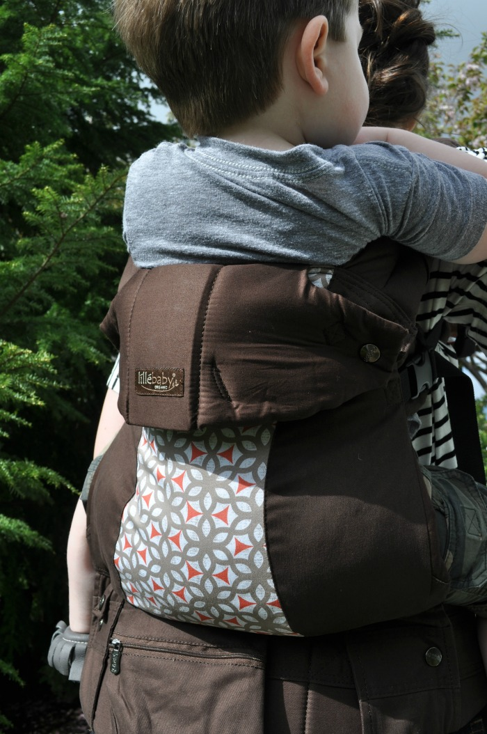 lillebaby COMPLETE! Baby Carrier Review
