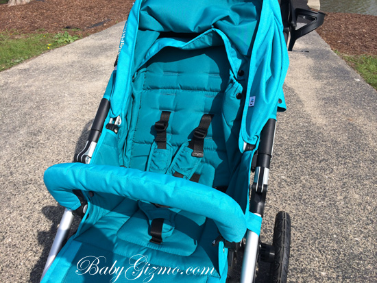 indie4 seat Baby Gizmo Spotlight Review: Bumbleride Indie 4 Stroller (VIDEO)