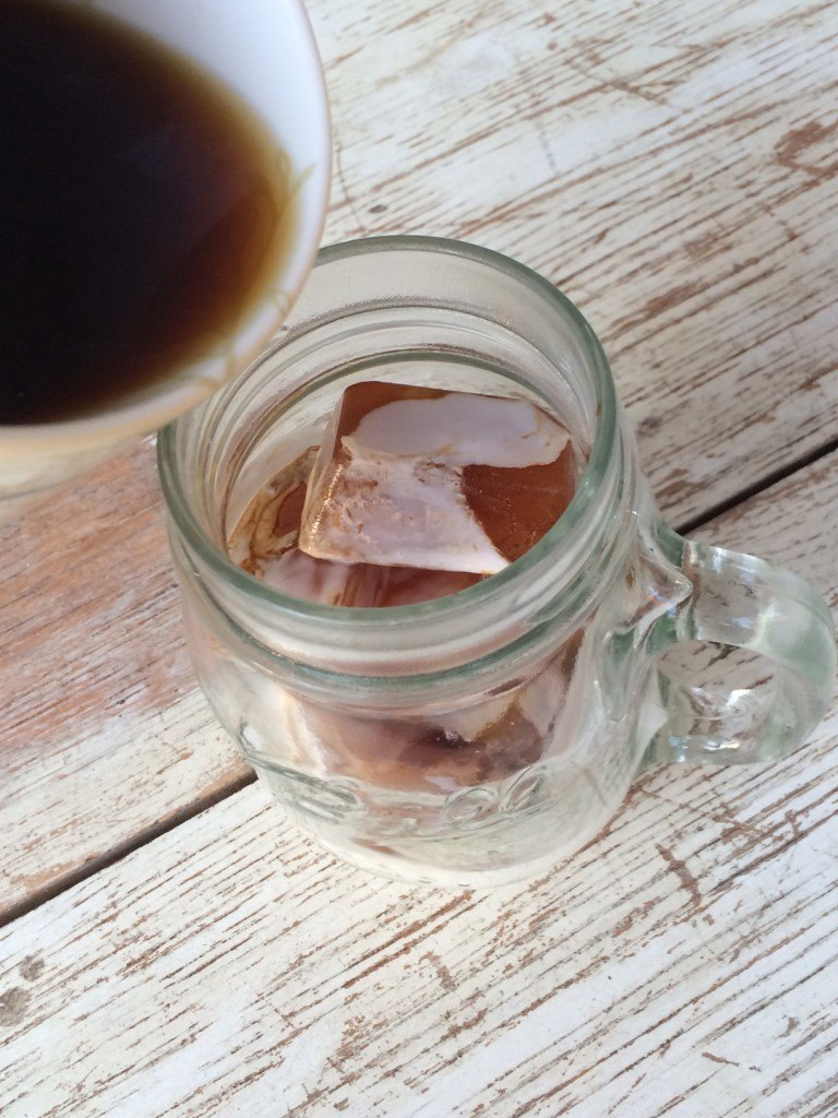 adding coffee to coffee ice cubes
