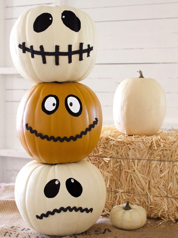 totem pumpkins