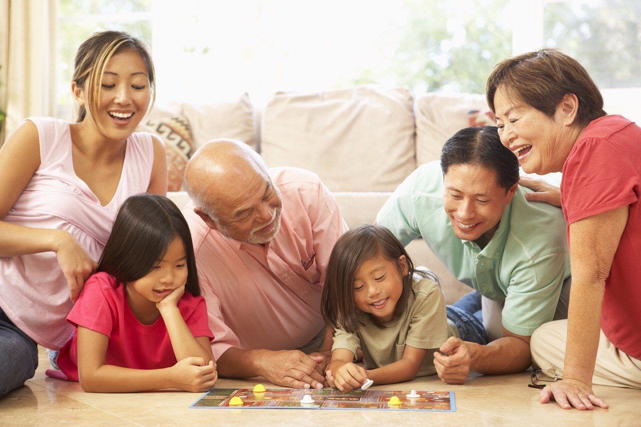 6 Thanksgiving Family Games