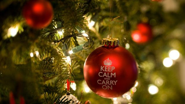 gty_christmas_tree_decoration_nt_111129_wmain