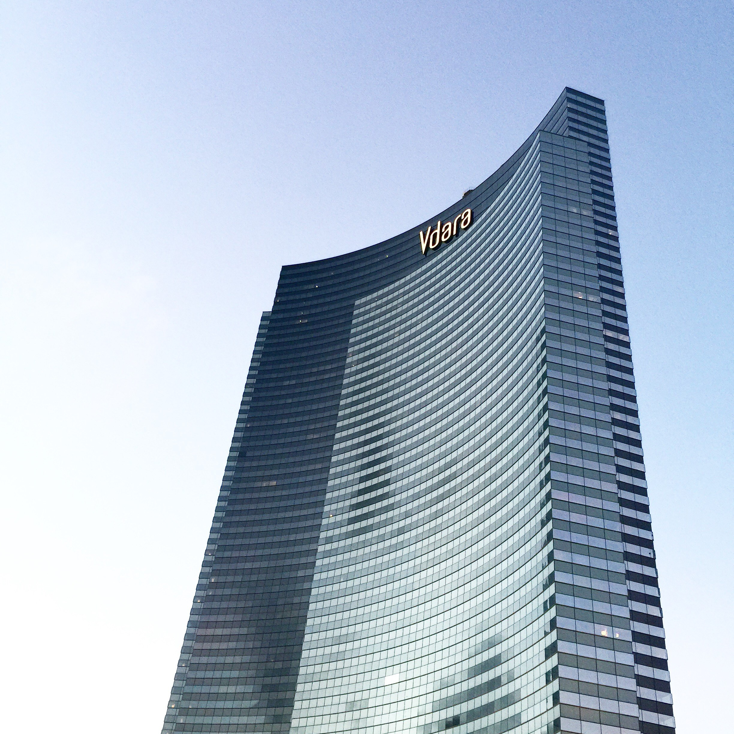 vdara building shot in vegas