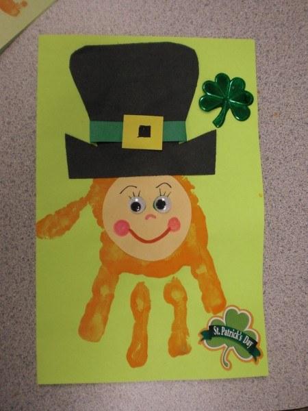 St. Patrick's Day Crafts: Leprechaun hand