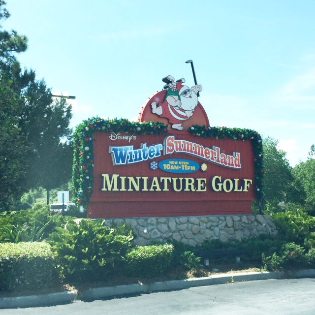 Mini Golf sign