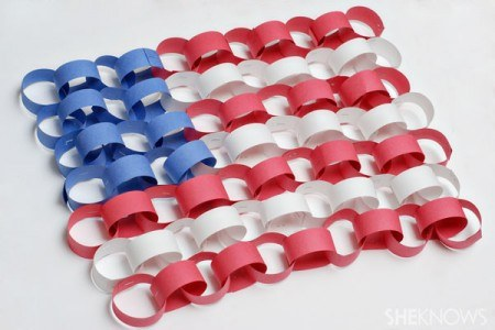 paper chain american flag