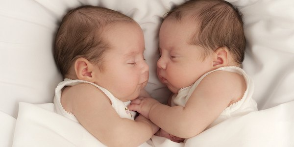 5 Tips for Surviving the First Few Months with Twins