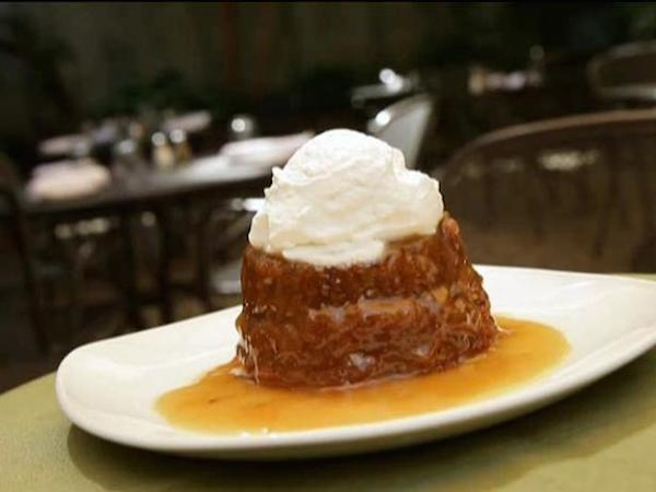 US0105_sticky-toffee-pudding_s4x3.jpg.rend.sni18col