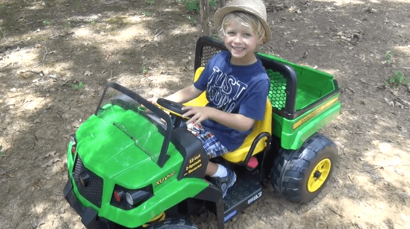 John Deere Gator Ride-on by Peg Perego Review