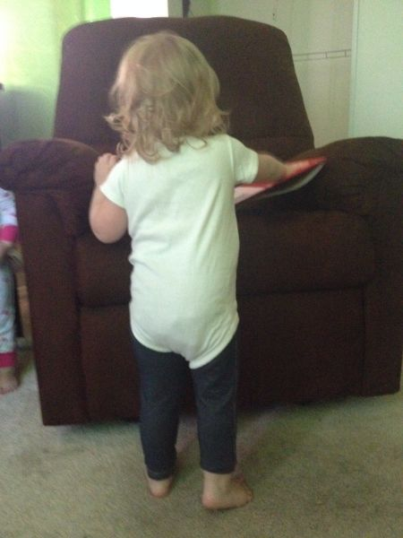 Mom Hack Keeping Your Toddler S Pajamas On Baby Gizmo