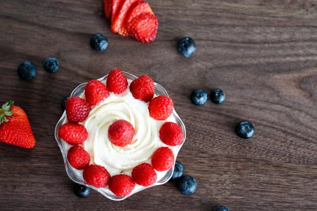 Triple Berry Mascarpone Trifle2