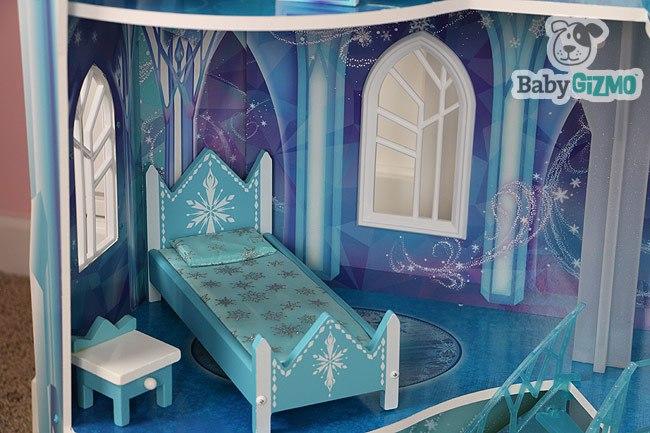 Disney Elsa Bed