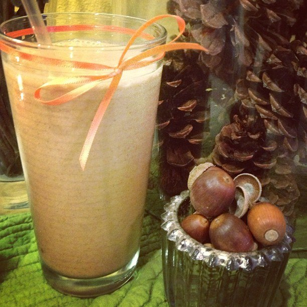 9 Healthy and Delicious Fall Smoothies