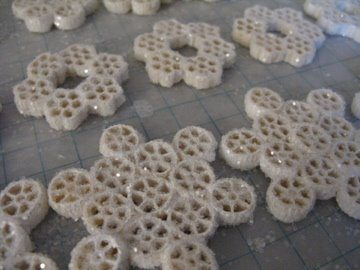 snow macaroni