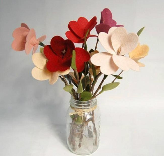 DIY mother's day gift felt-flower bouquet
