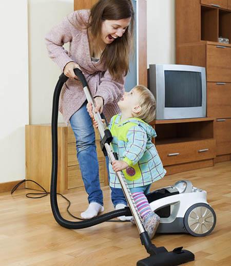 toddler-vacuuming