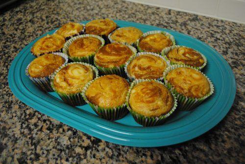 pumpkin swirl muffins