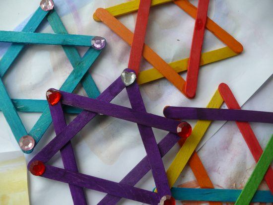 Hanukkah holiday crafts