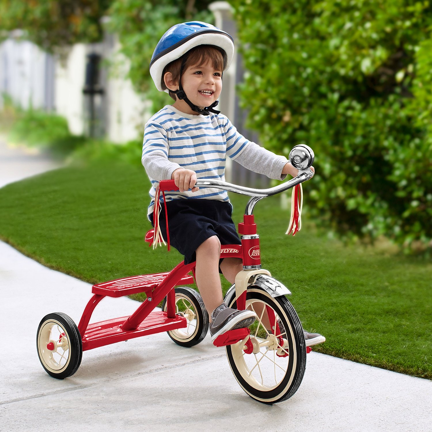 radio flyer classic red dual deck tricycle review. Black Bedroom Furniture Sets. Home Design Ideas