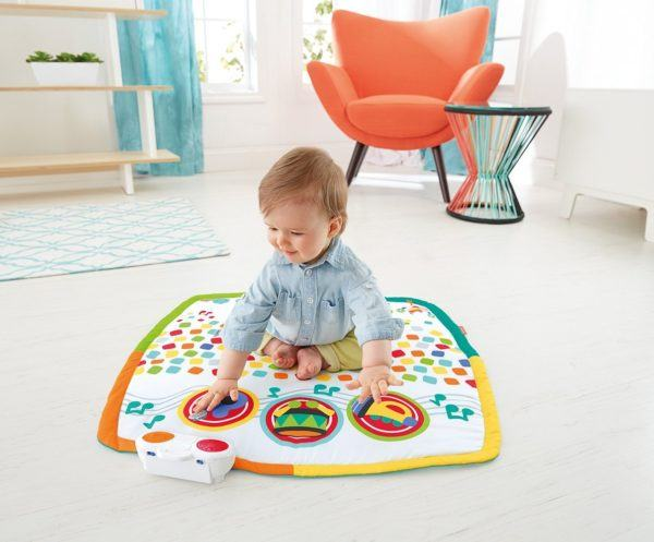 baby on playmat